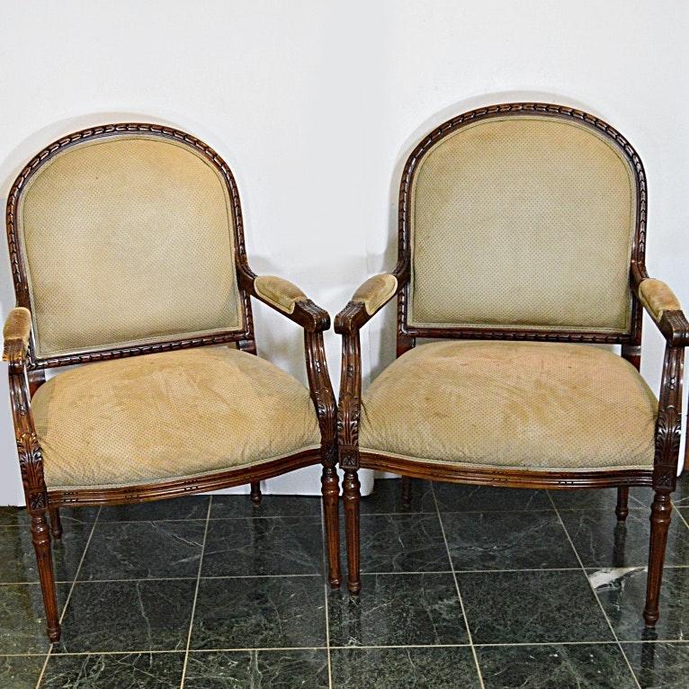 Pair of Henredon Victorian Style Armchairs