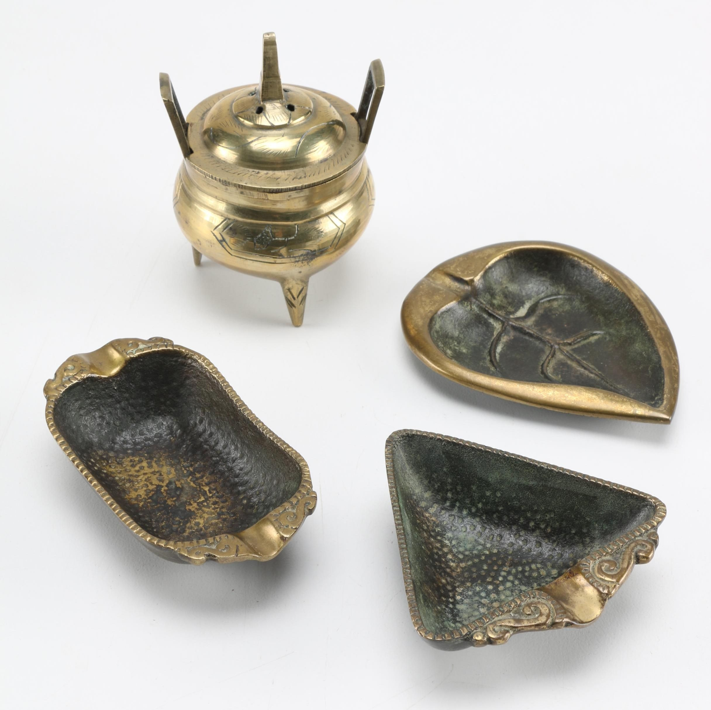 Brass Decor Featuring Nordia