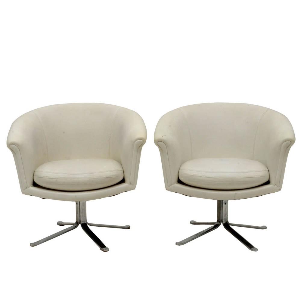 White Vinyl Swivel Pod Chairs By Scandiline ...