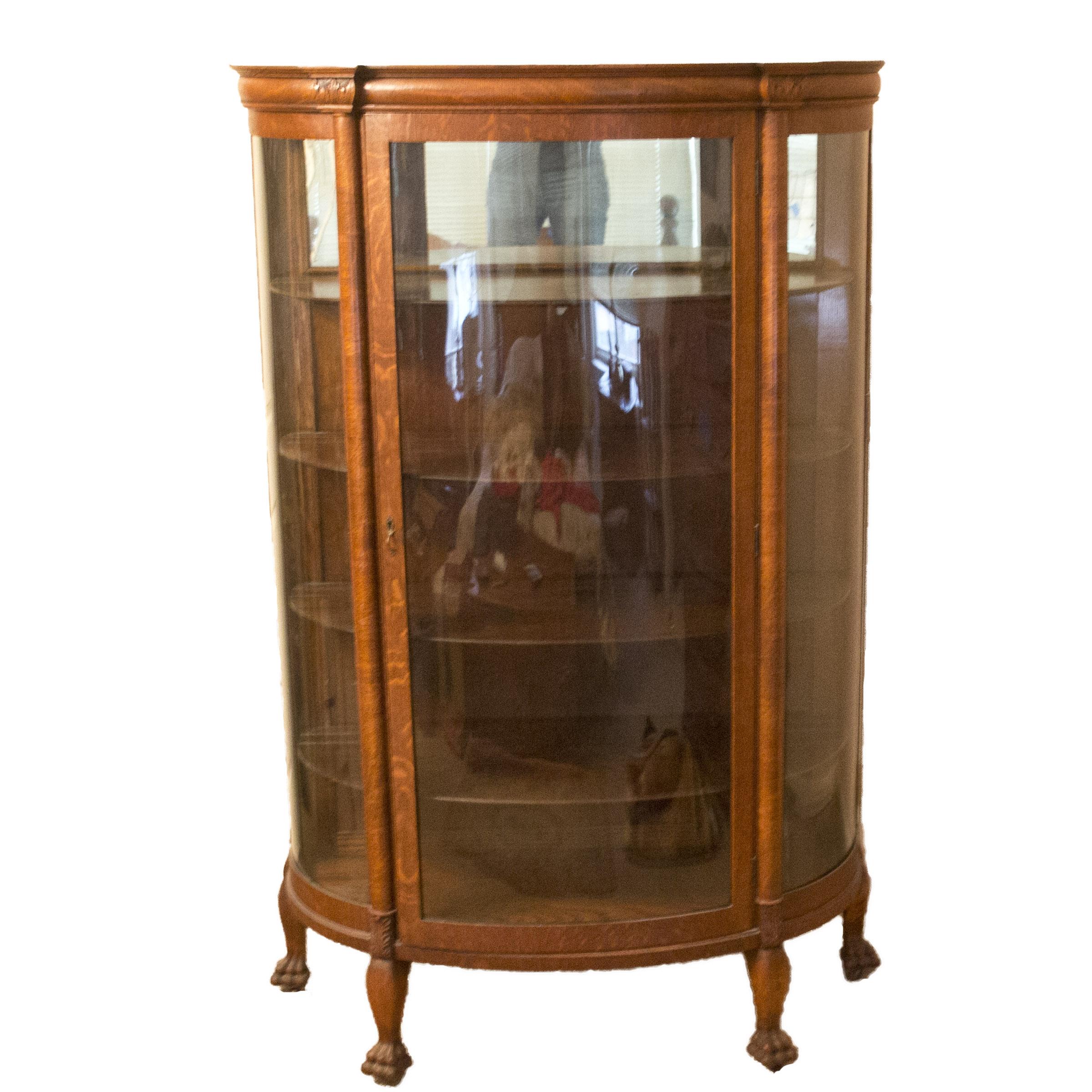 Circa 1900 Oak Bow Front Curio Cabinet : EBTH