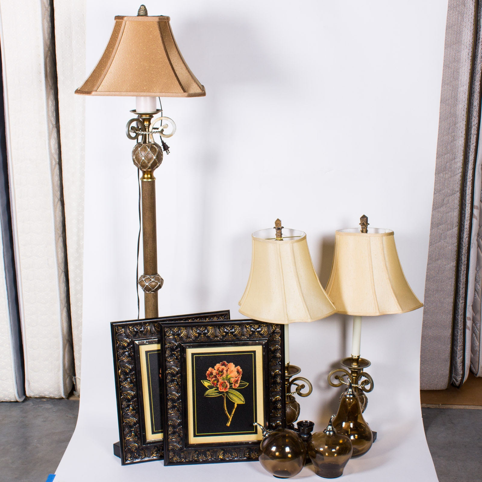 Decorative Lamps, Framed Art and Home Decor