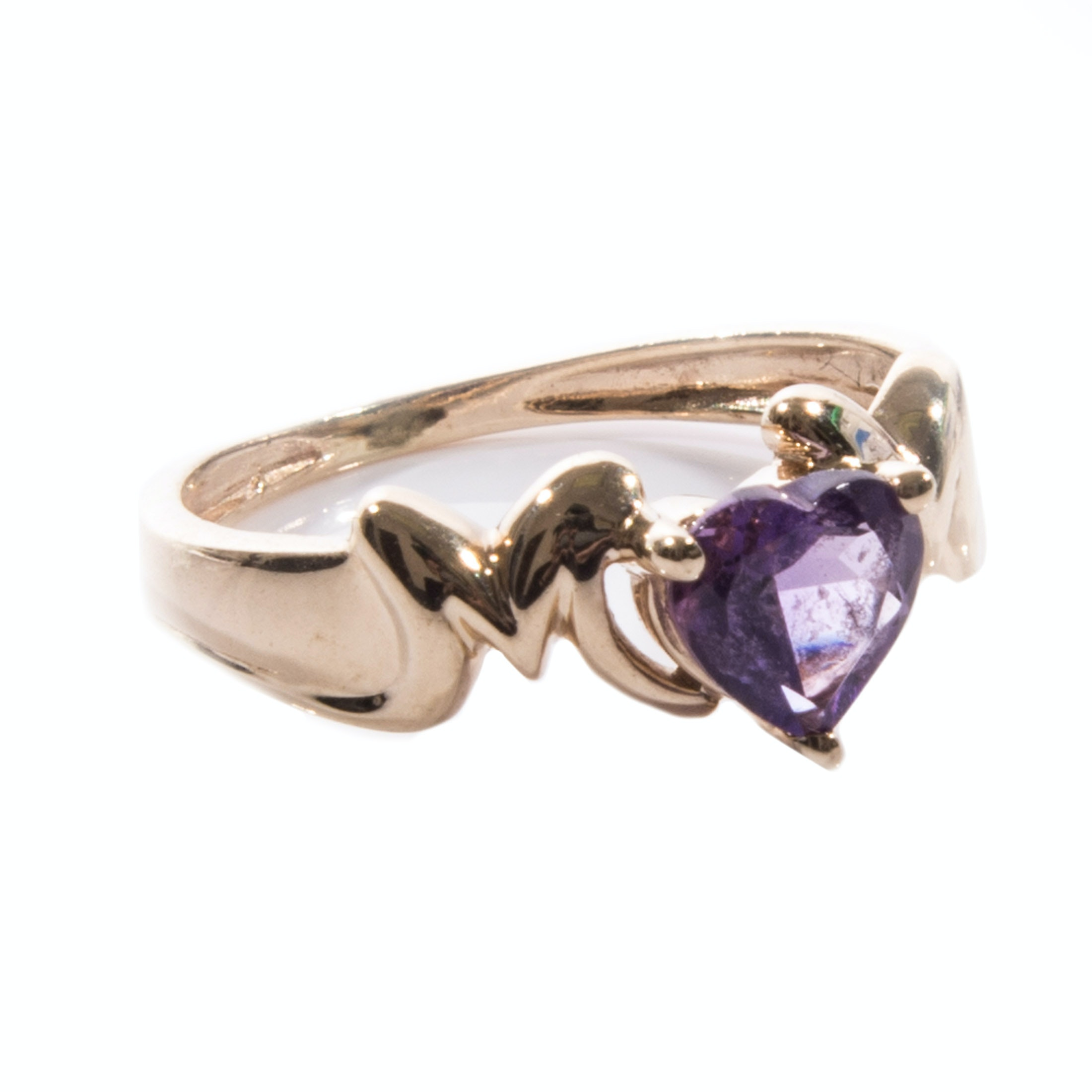 10K Yellow Gold Heart Amethyst Ring