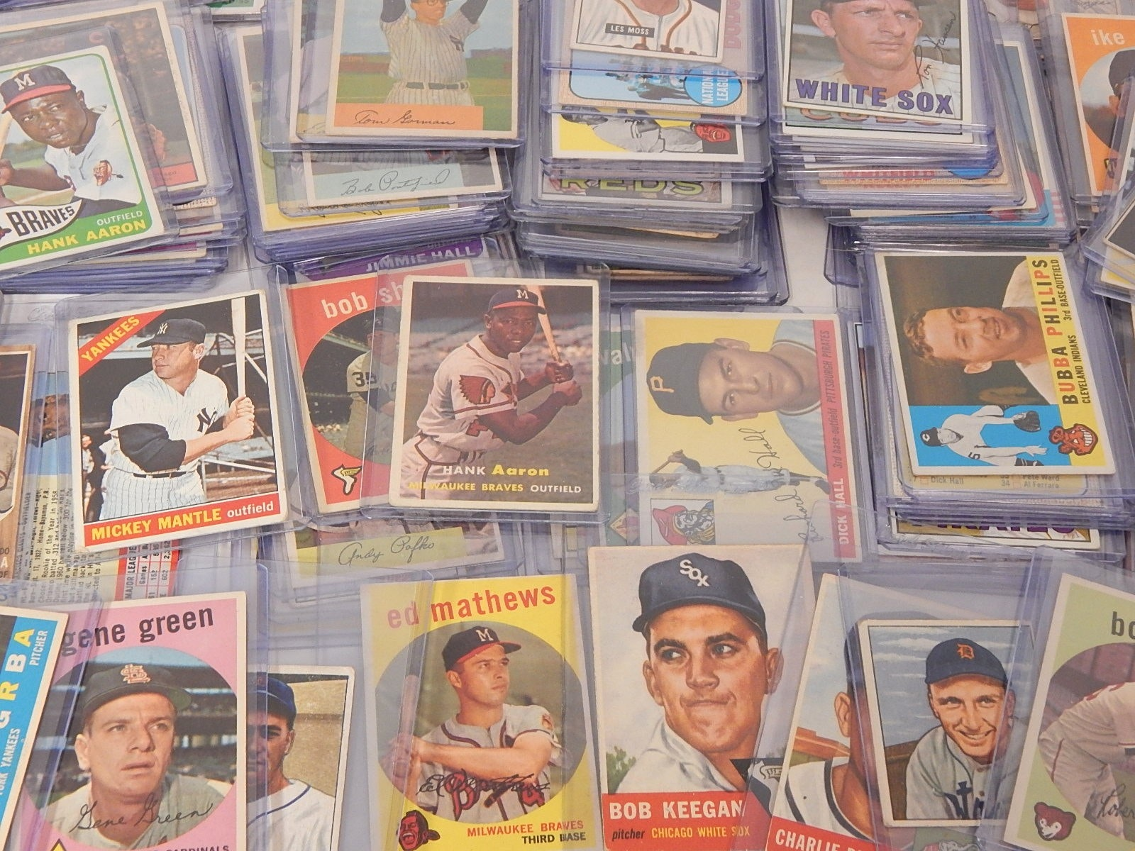 Large 1940s to 1960s TOPPS and Bowman Baseball Card Collection