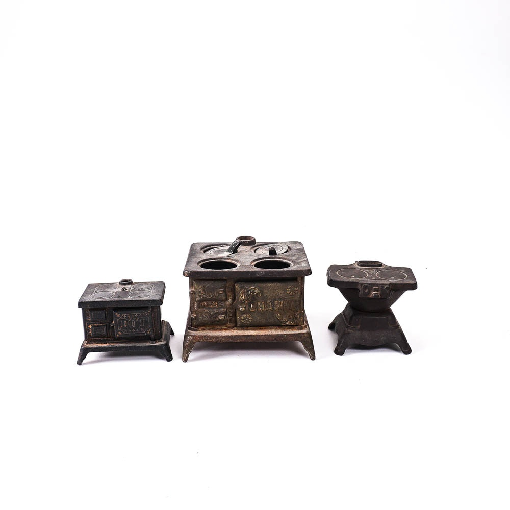 Cast Iron Toy Stoves