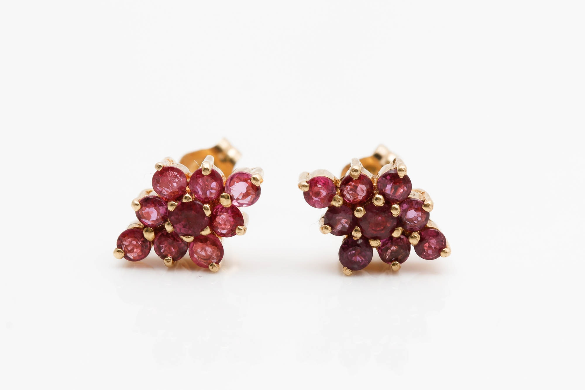 14K Yellow Gold 0.90 CTW Ruby Earrings
