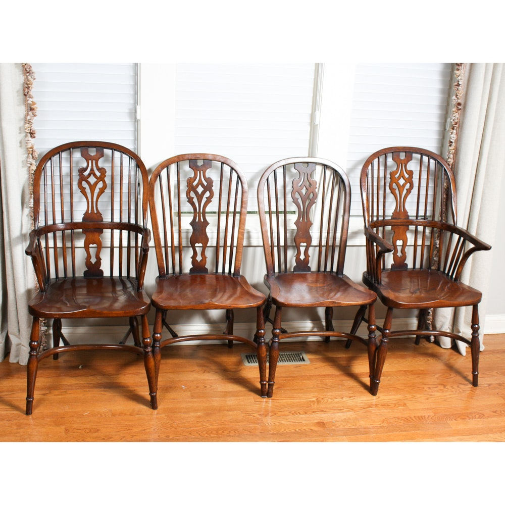 Set of Eight English Elm Bow-Back Windsor Chairs