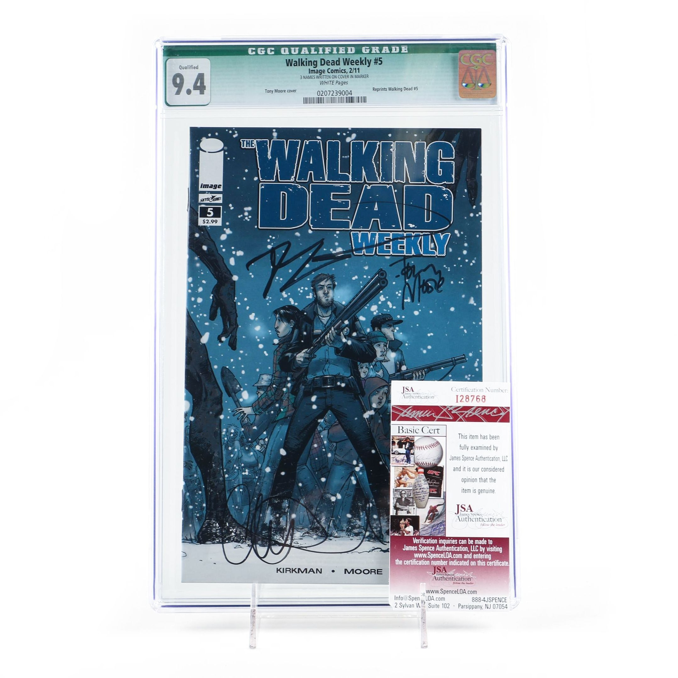 """Robert Kirkman Signed and Graded """"The Walking Dead Weekly"""" #5"""