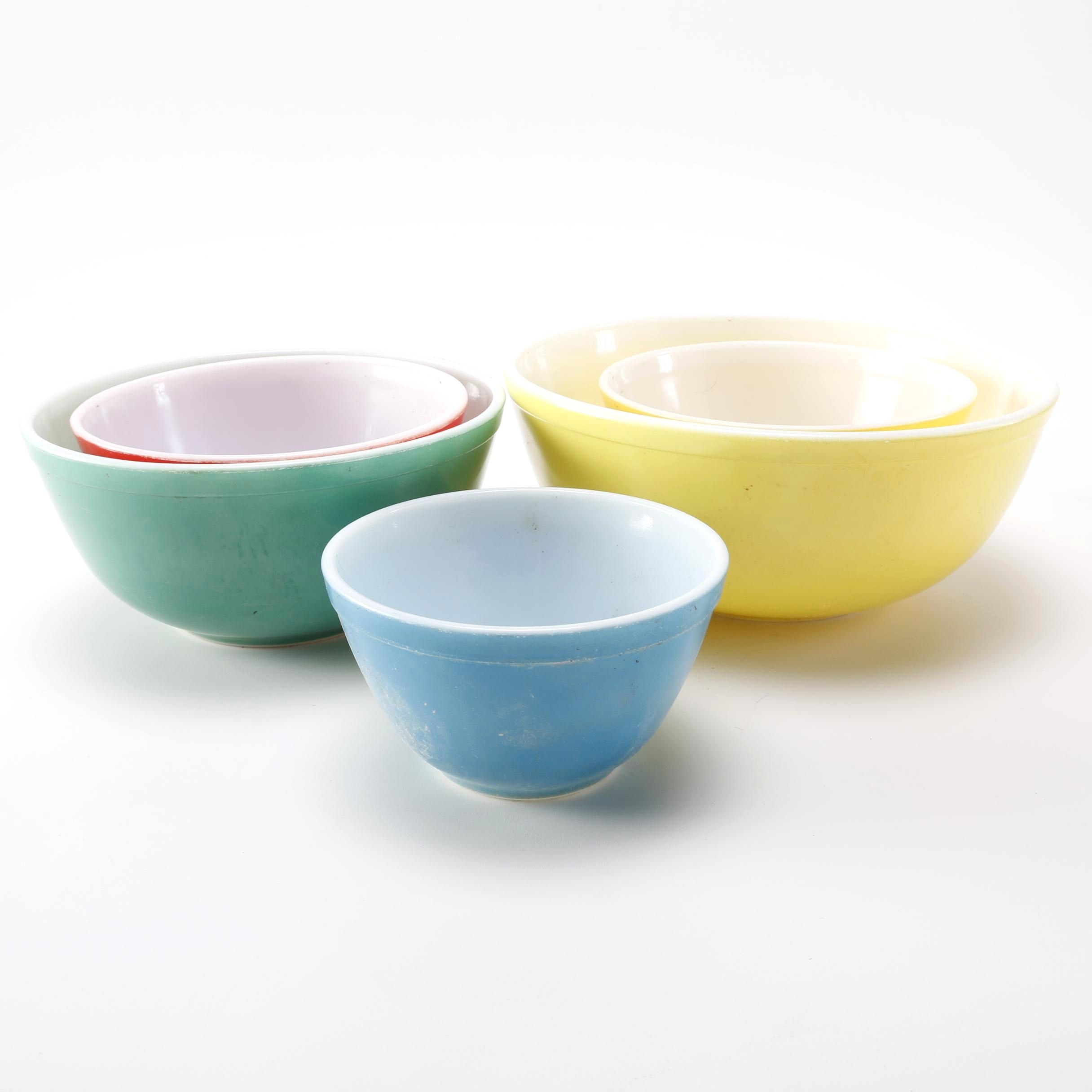 Pyrex Kitchen Bowls