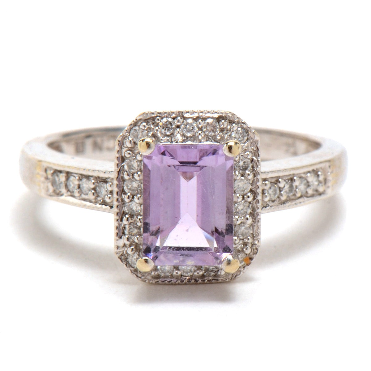 14K White Gold Amethyst Diamond Fashion Ring