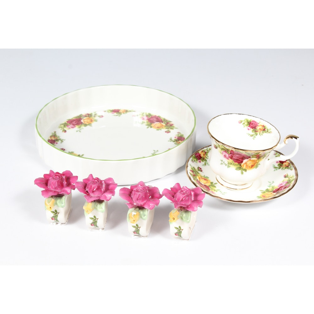"""Royal Albert """"Old Country Rose"""" China Service for Eight"""