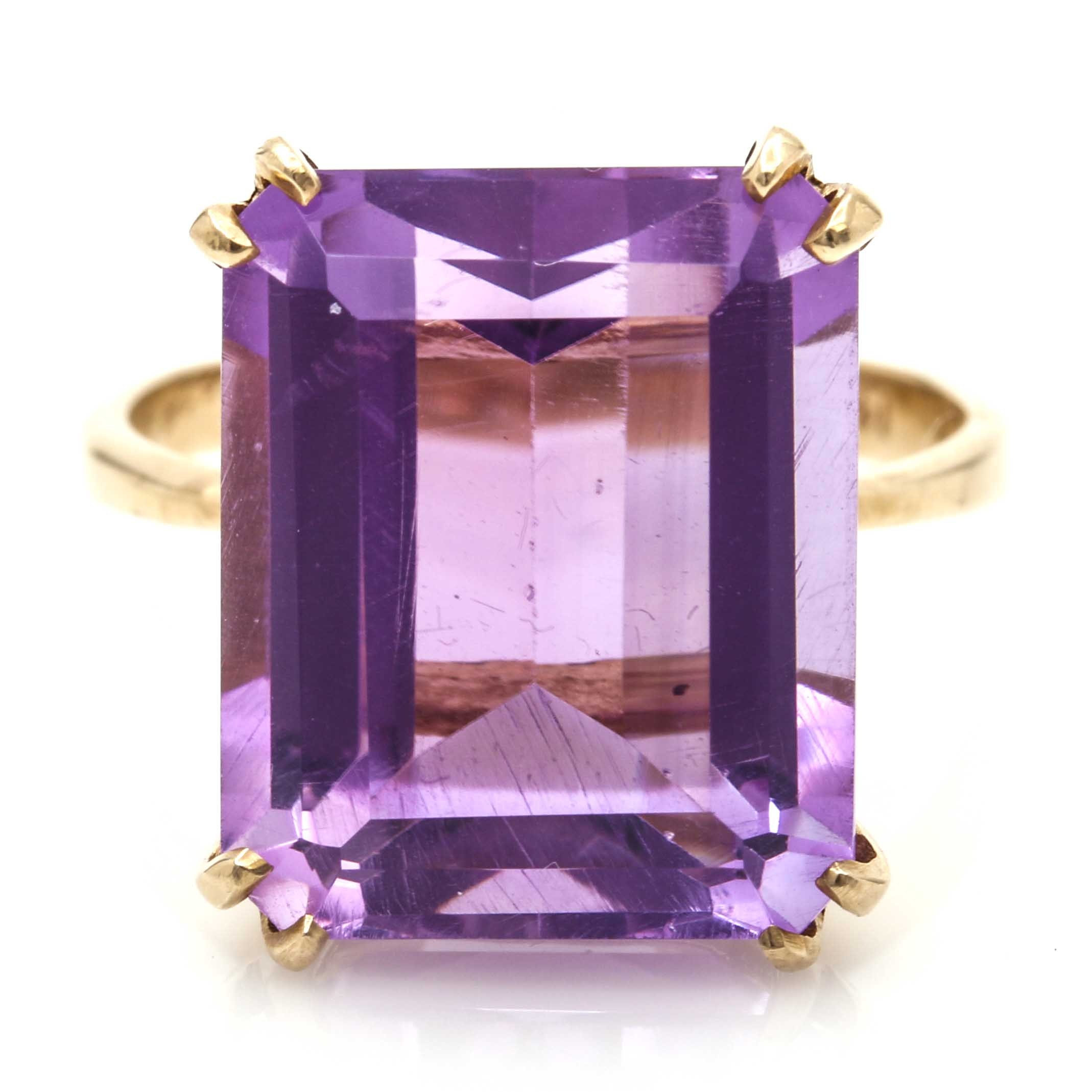 14K Yellow Gold 9.02 CTS Amethyst Ring