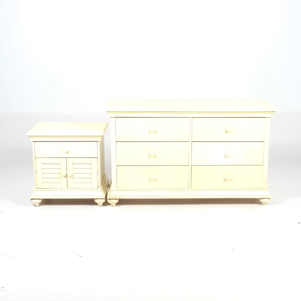 White Finished Wood Bedroom Set