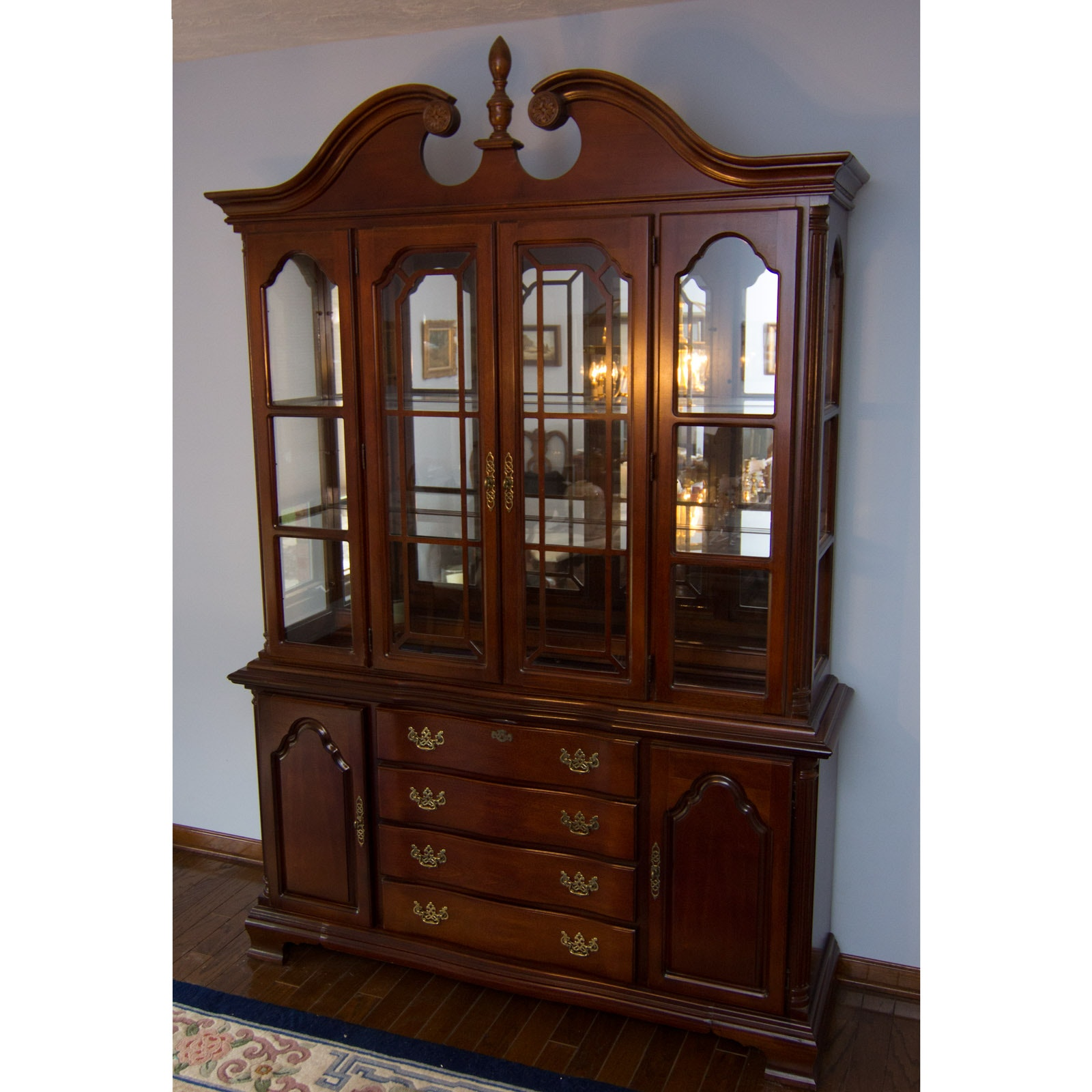 Bon Lexington Furniture China Cabinet ...