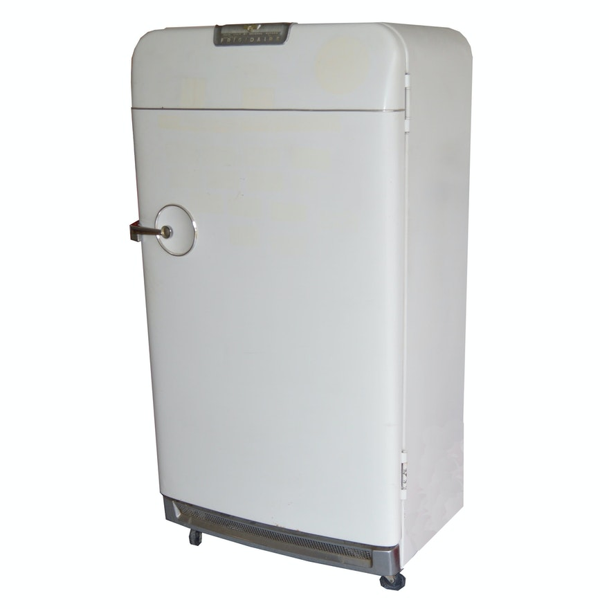 Retro 39 frigidaire 39 refrigerator by general motors circa Fridge motors for sale