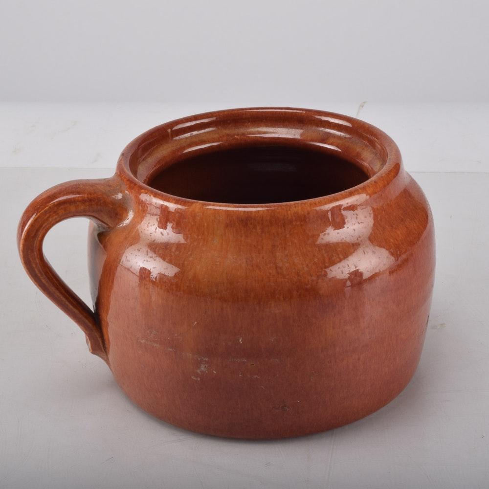 Waco Pottery Quot Strawberry Glaze Quot Bean Pot Ebth