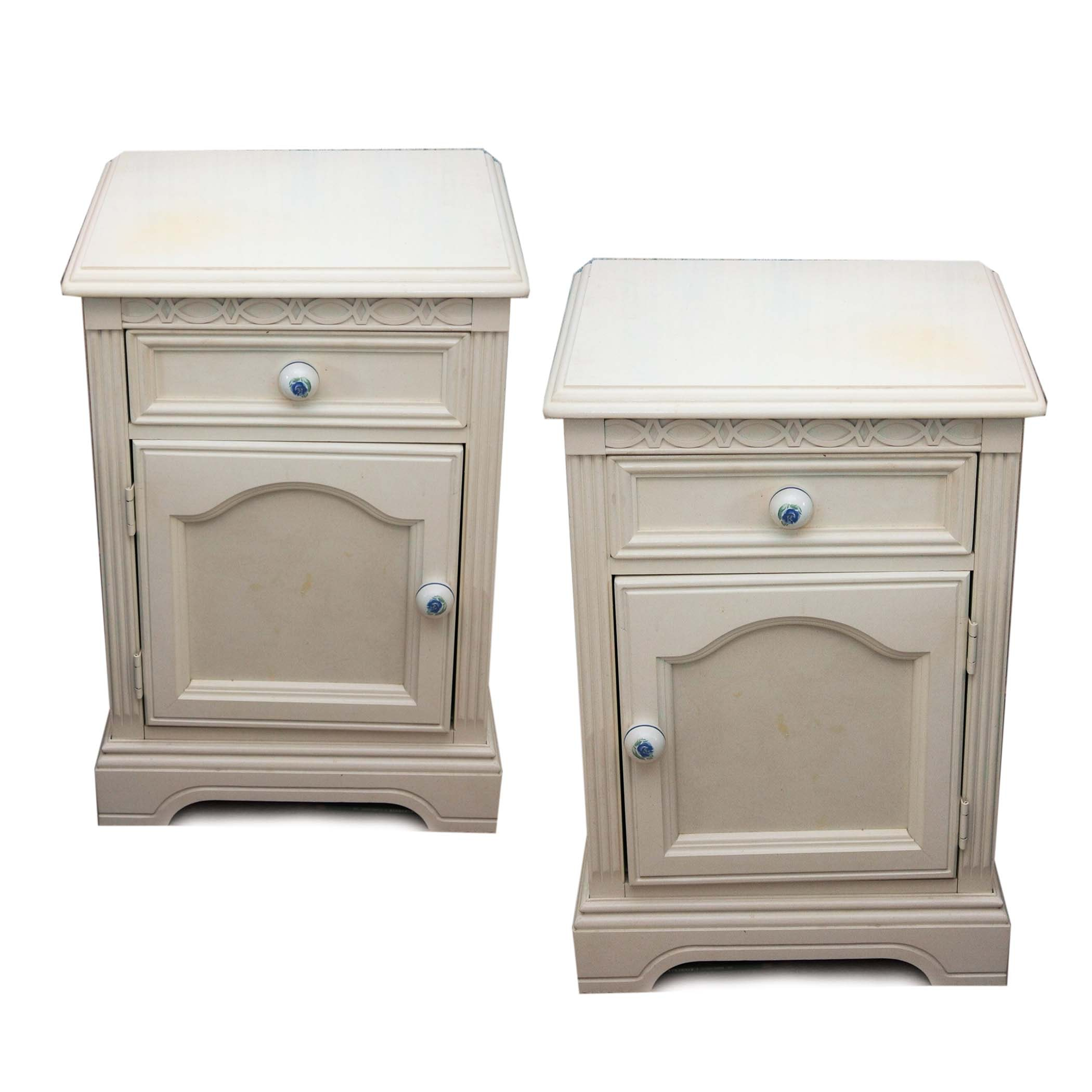 Pair of White Wooden Lexington Nightstands