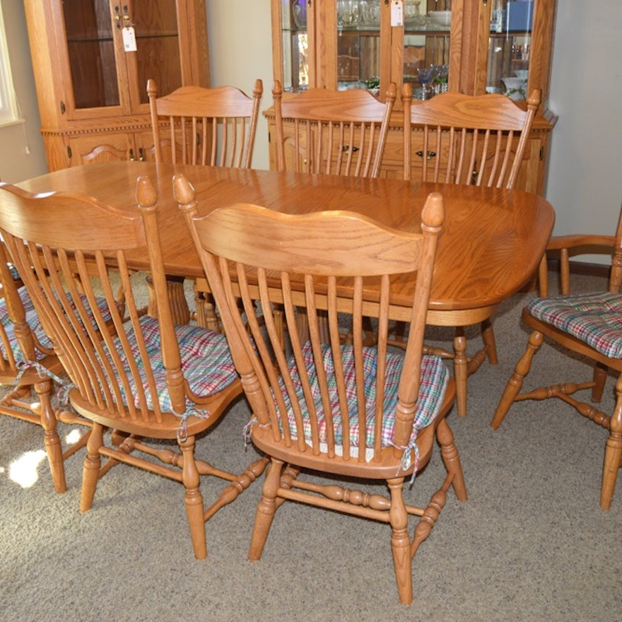 Amish Made Oak Dining Table With Eight Chairs Ebth
