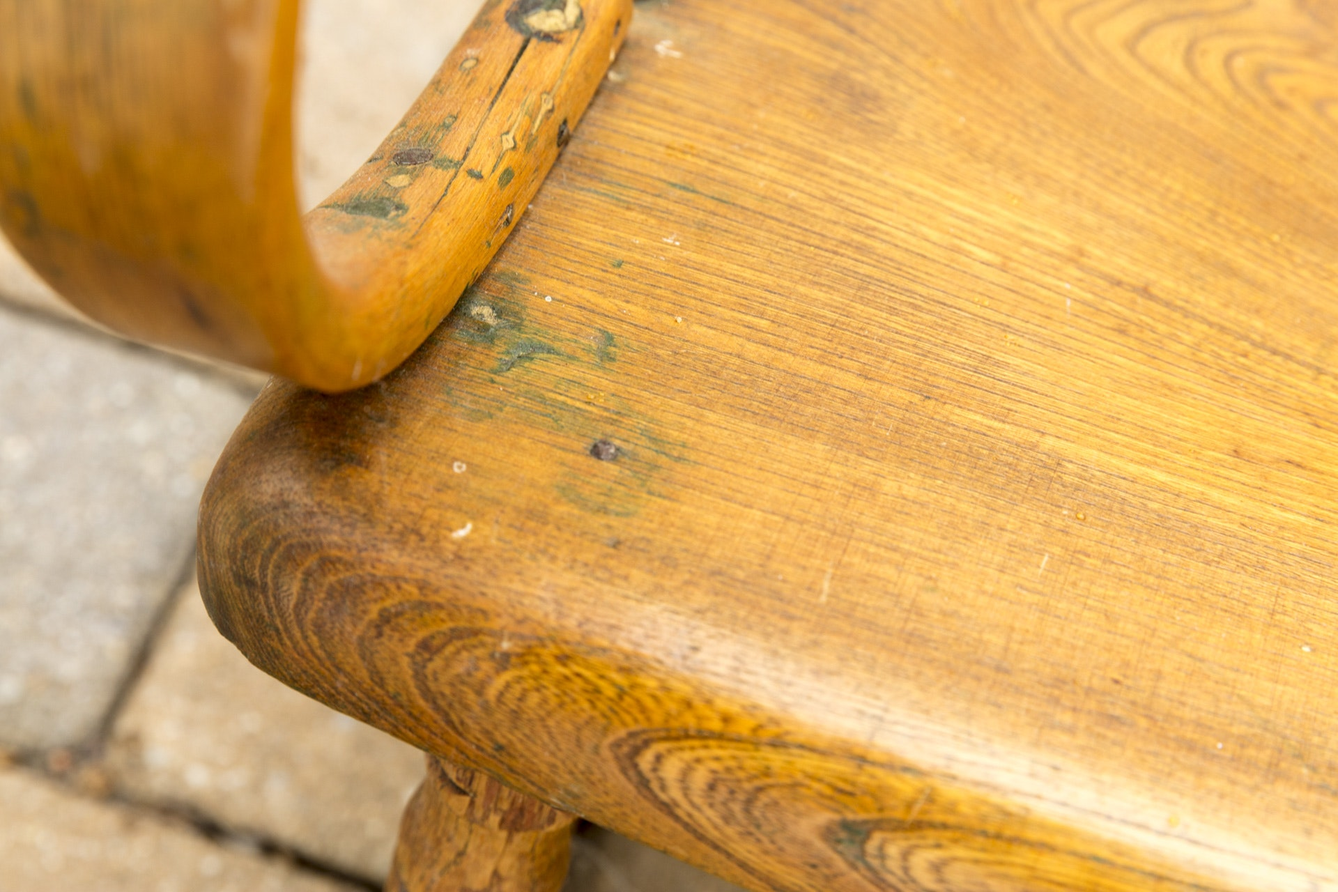 Antique Oak Rocking Chair With Bentwood Arms Ebth