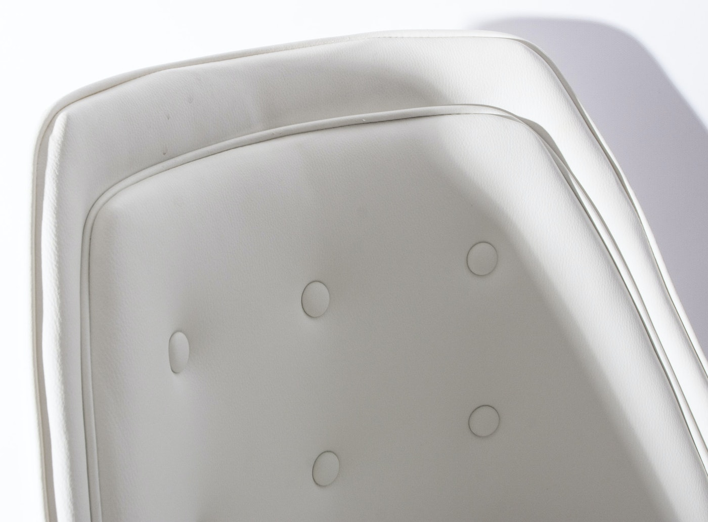 White Leather Rolling Desk Chair By Tainoki Ebth