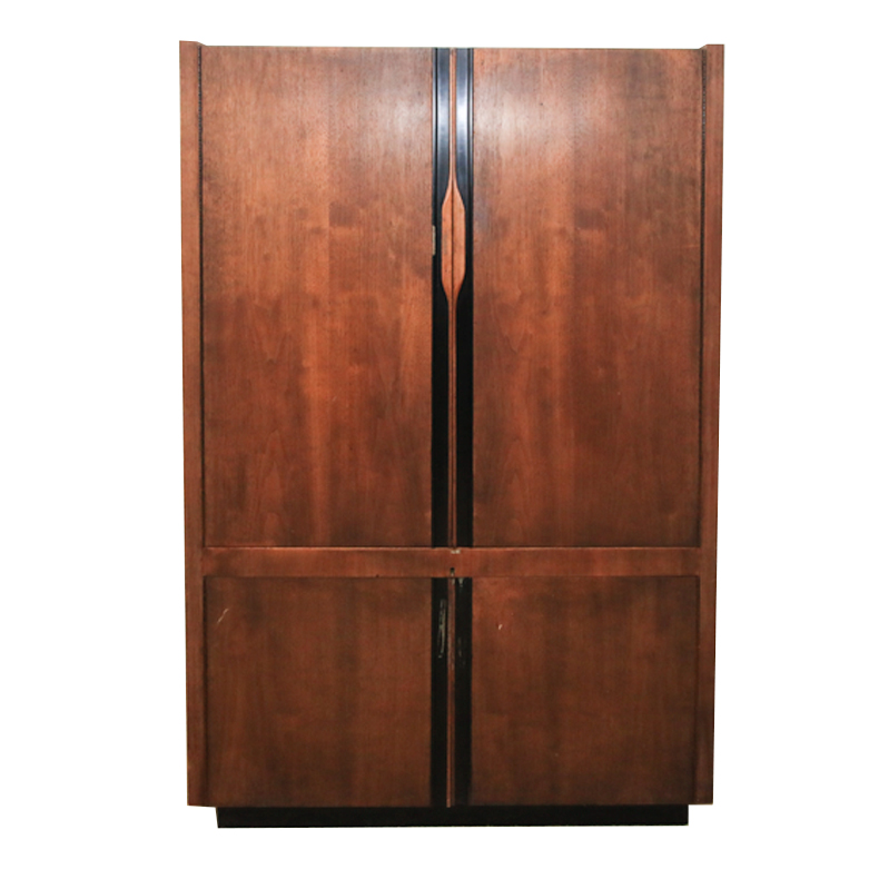 Mid Century Modern Bar Cabinet : EBTH