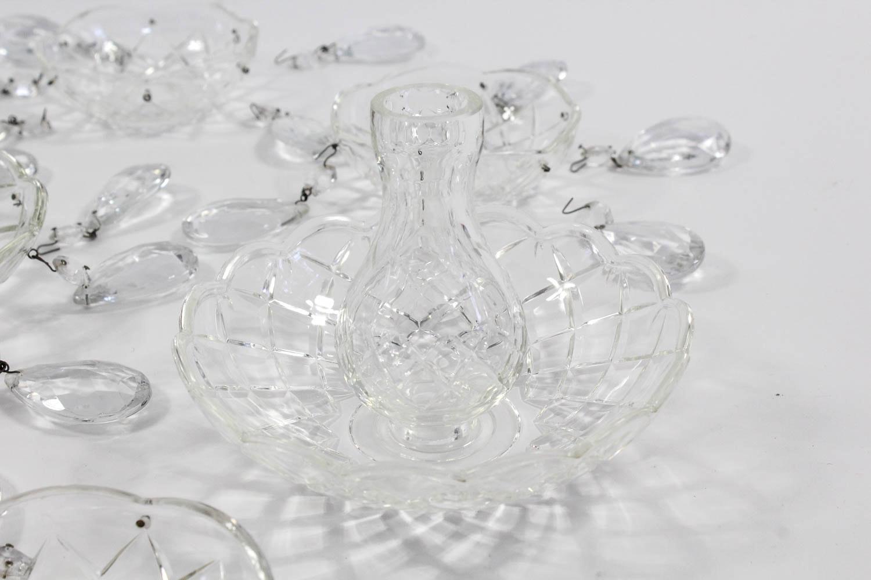 Eight Cut Glass Teardrop Bob 232 Che Ebth