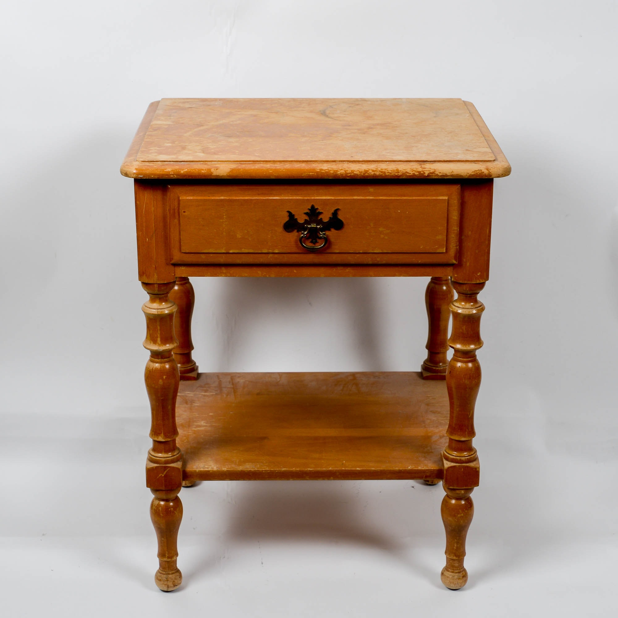 Vintage Colonial Revival Style Side Table By Kling Furniture ...
