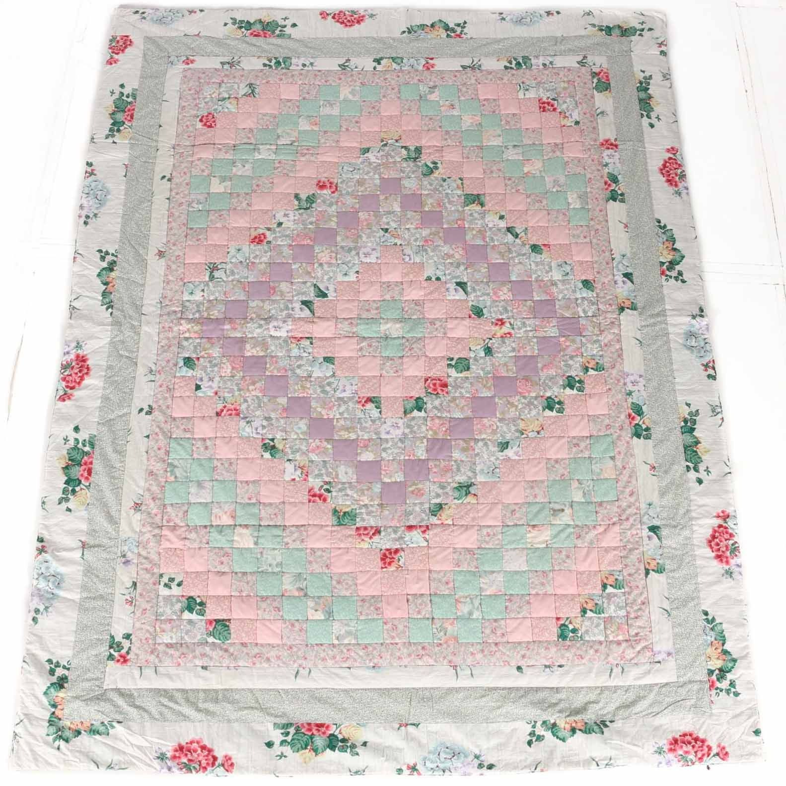 Floral fabric Twin Size Quilt