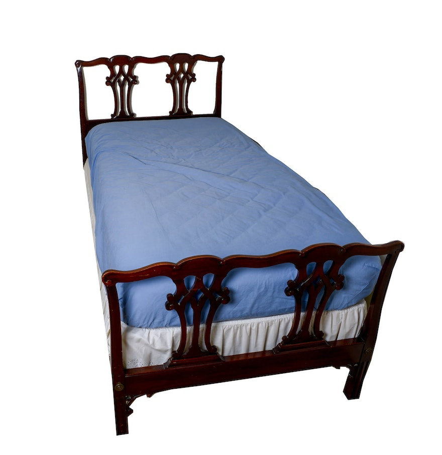 vintage chippendale style twin size bed frame