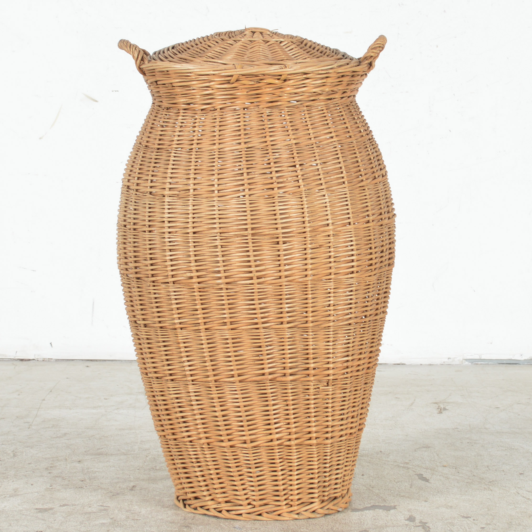 Oversize Woven Basket with Lid