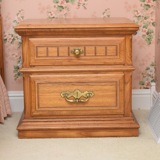 Sumter Cabinet Company Oak Nightstands