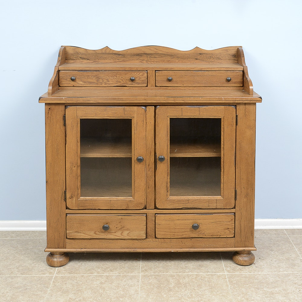 """Broyhill """"Attic Heirlooms"""" Dining Chest"""