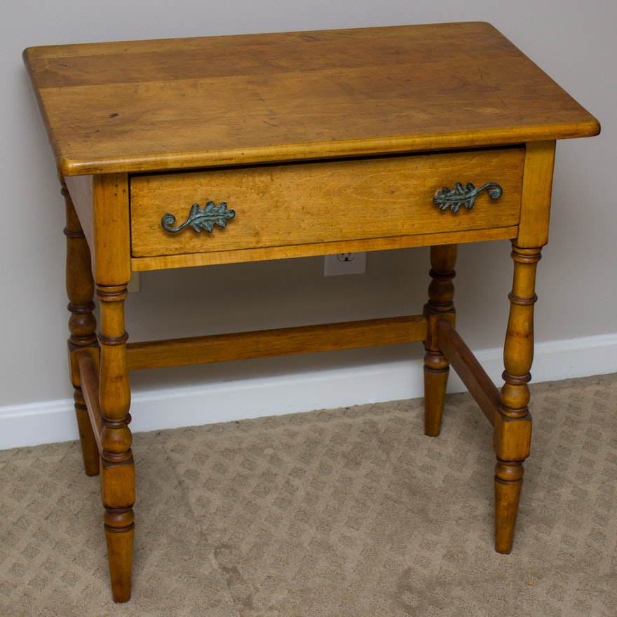 Vintage Colonial Style One-Drawer Writing Table ... - Vintage Colonial Style One-Drawer Writing Table : EBTH