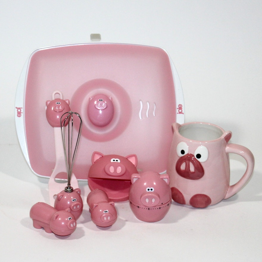 Joie Pig-Themed Kitchen Gadgets