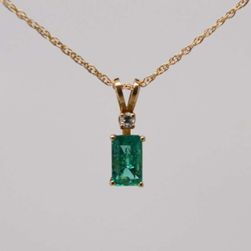 round necklace pendant modern emerald colombian natural r solitaire gold il tril j product fullxfull jewels