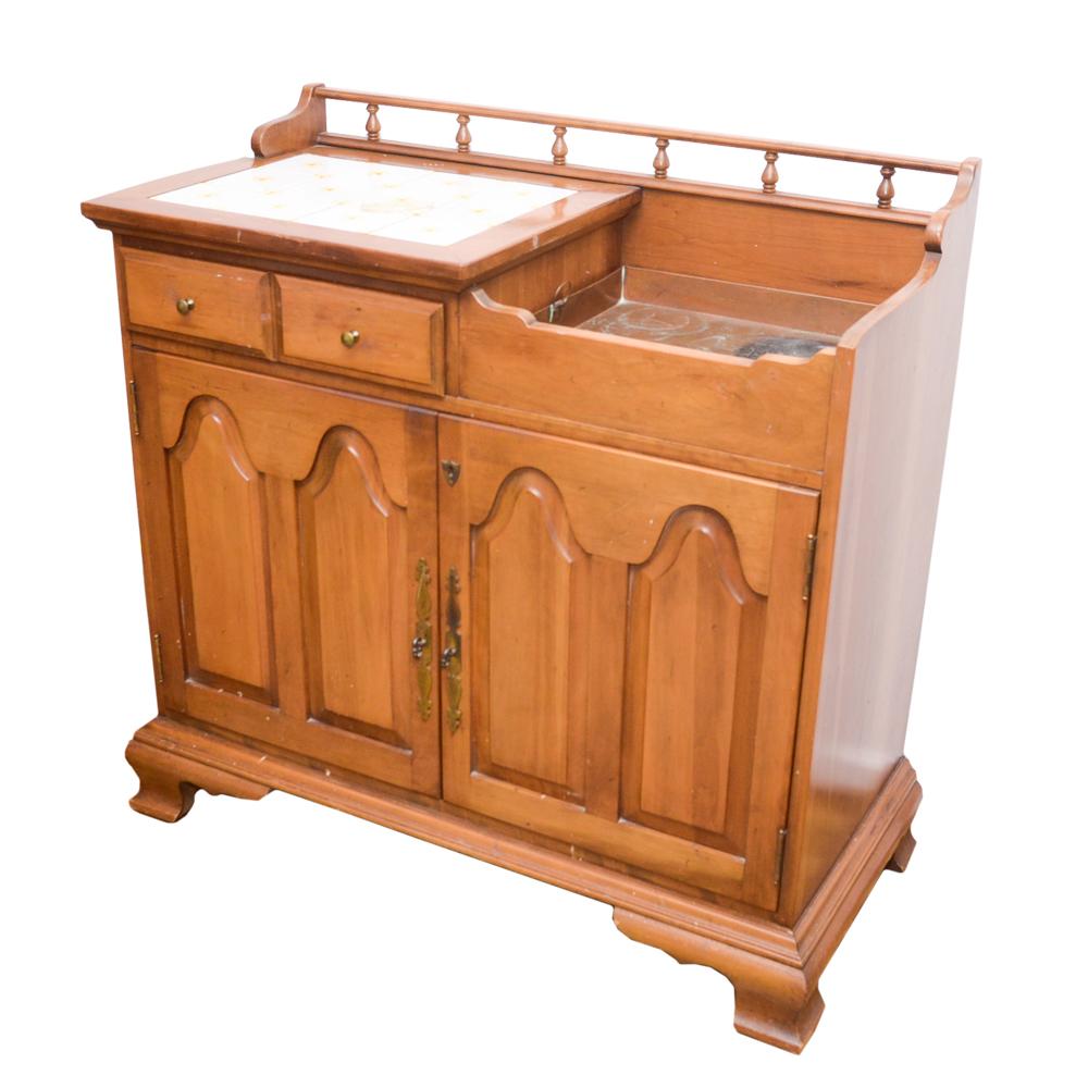 Golden Oak Dry Sink Cabinet : EBTH