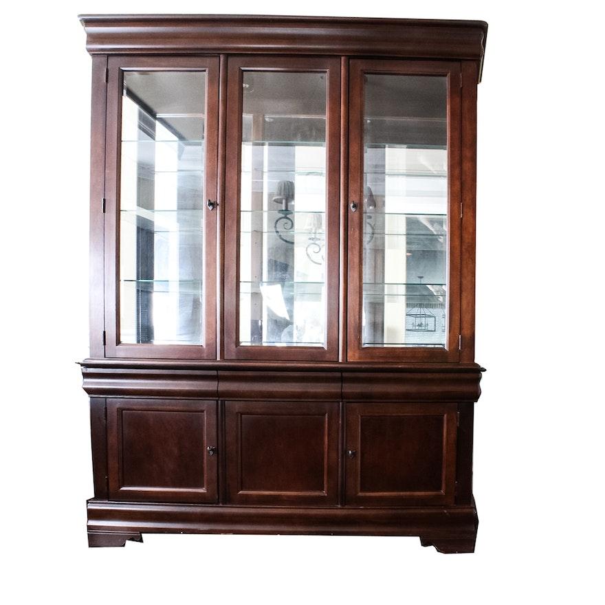 Broyhill Maison Lenoir China Cabinet