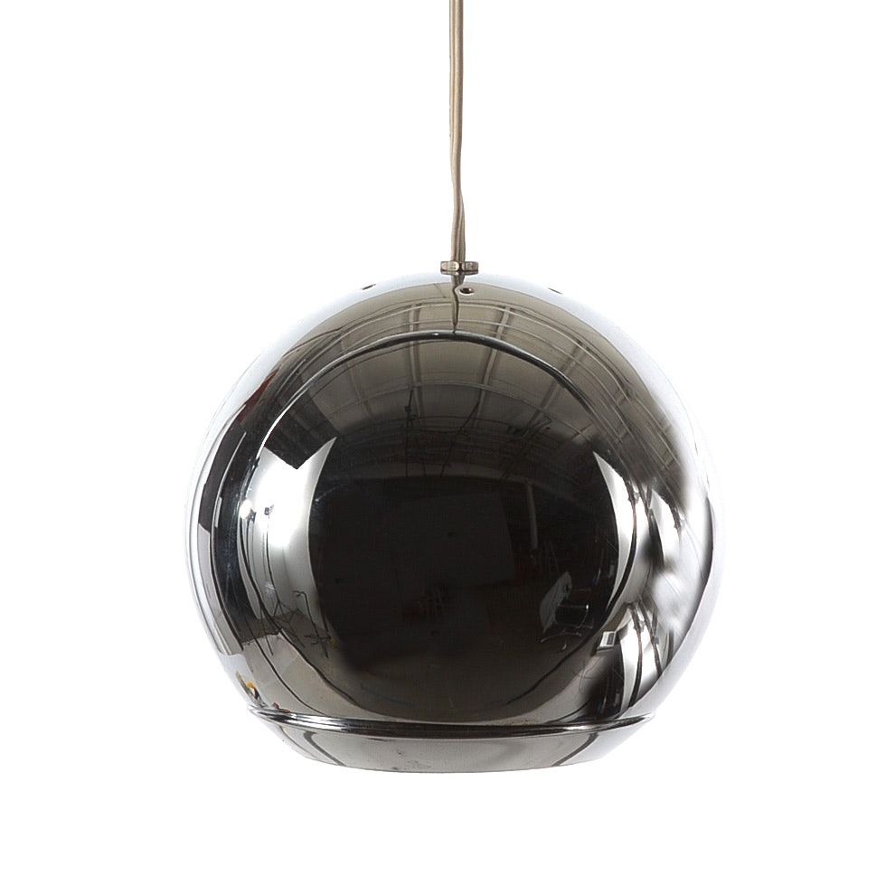 Chromed Sphere Light