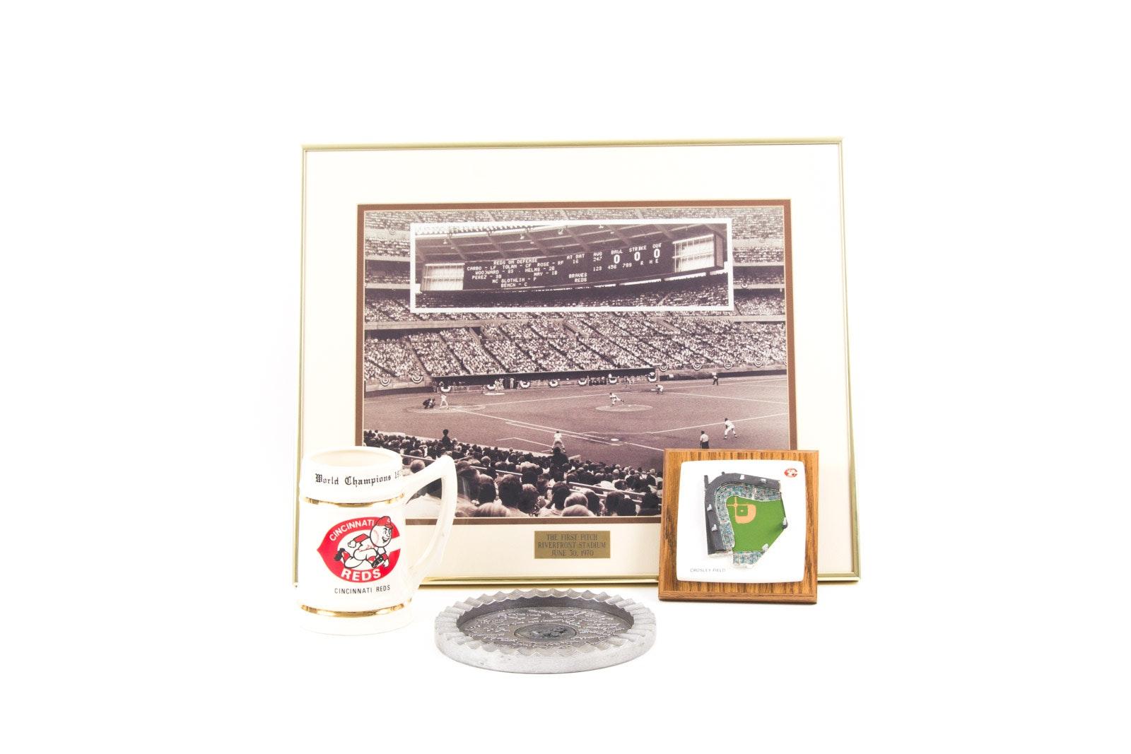 Cincinnati Reds Themed Memorabilia