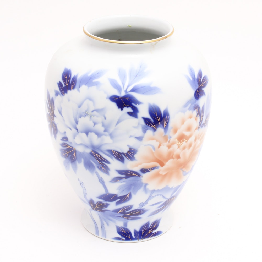 Early 20th Century Japanese Fukagawa Ware Porcelain Vase