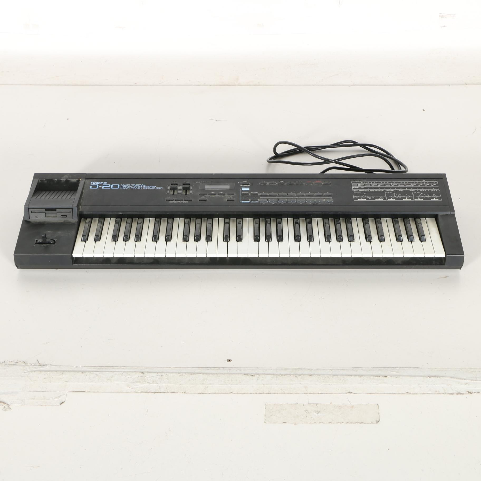 Vintage Roland D-20 Synthesizer and Multi-Track Sequencer