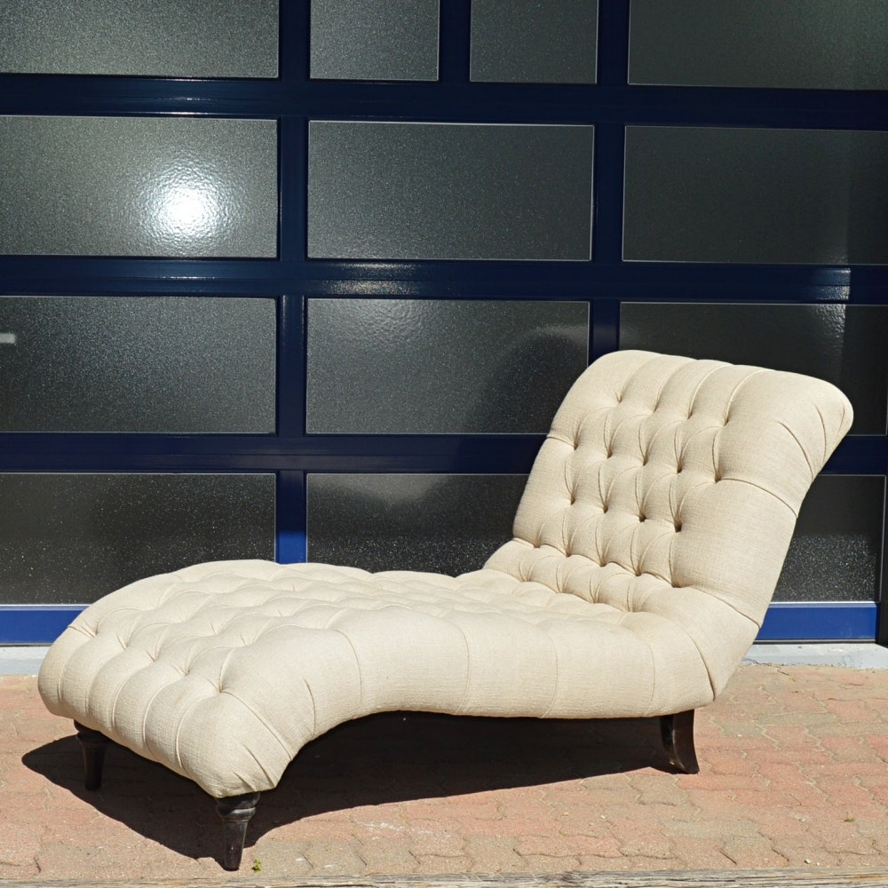 Tufted Chaise Lounge