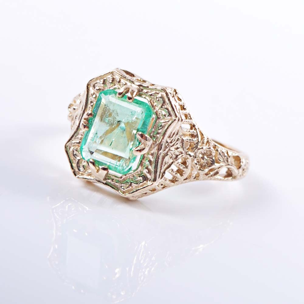 Edwardian 14K Gold Emerald Filigree Ring