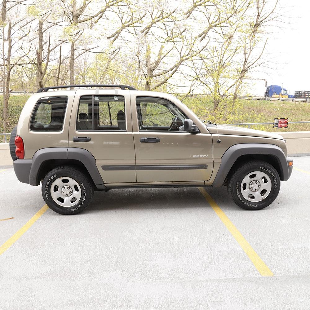 2004 Tan Jeep Liberty 4x4