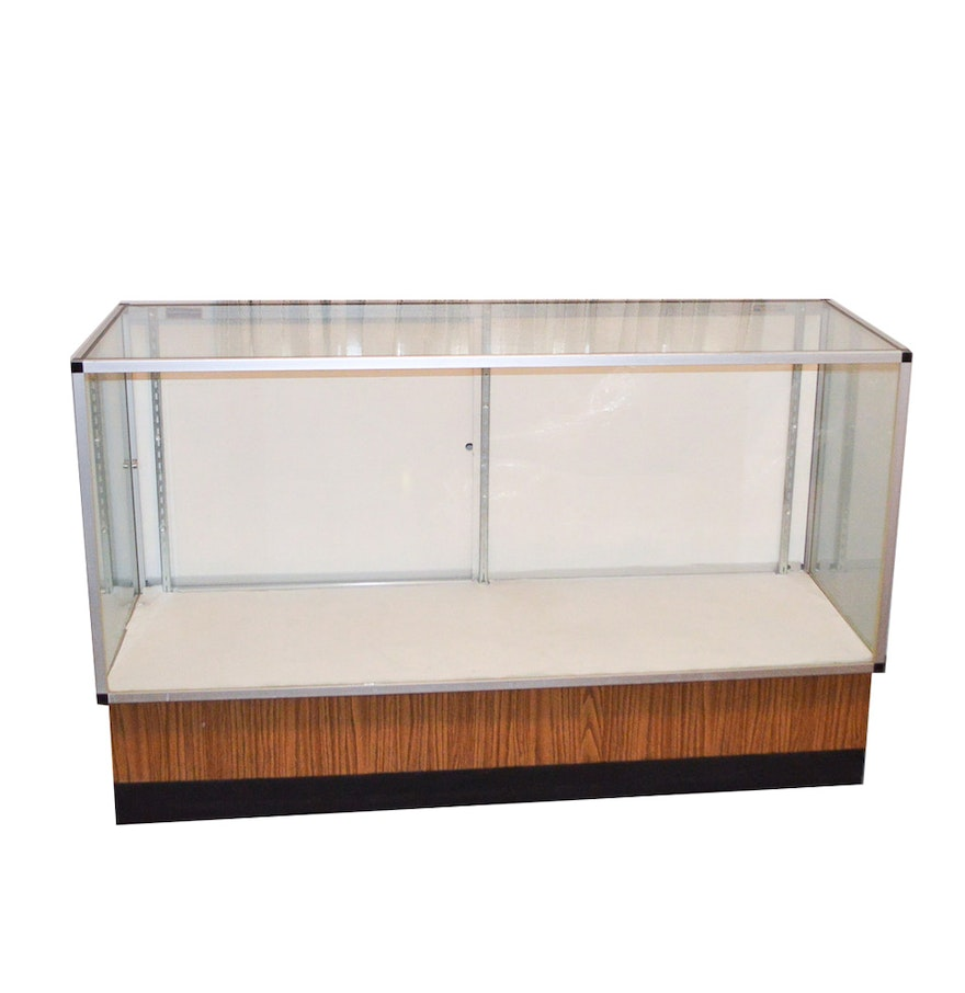 vintage glass retail display case by kent western corporation ebth. Black Bedroom Furniture Sets. Home Design Ideas