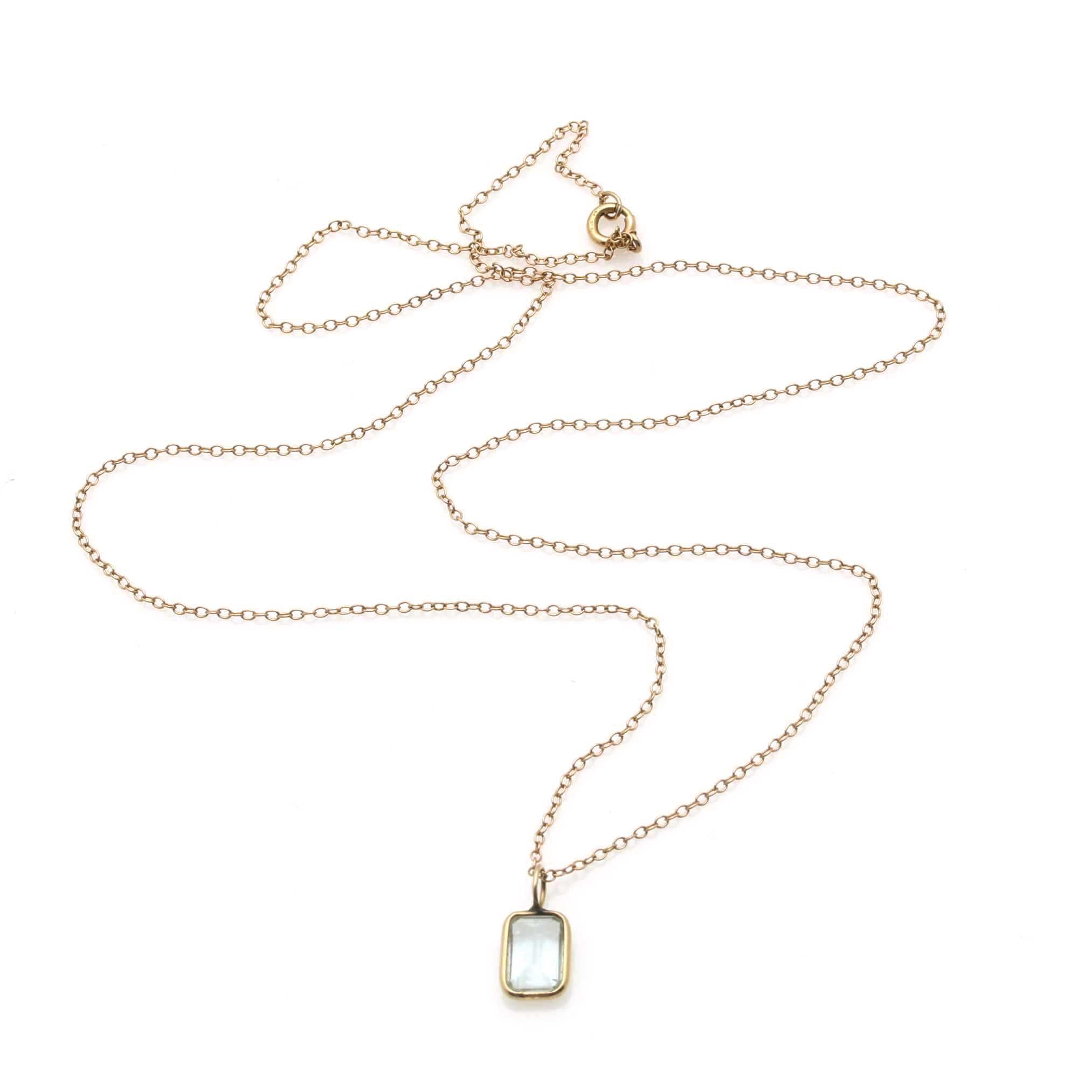 14K Yellow Gold Necklace with Aquamarine Pendant