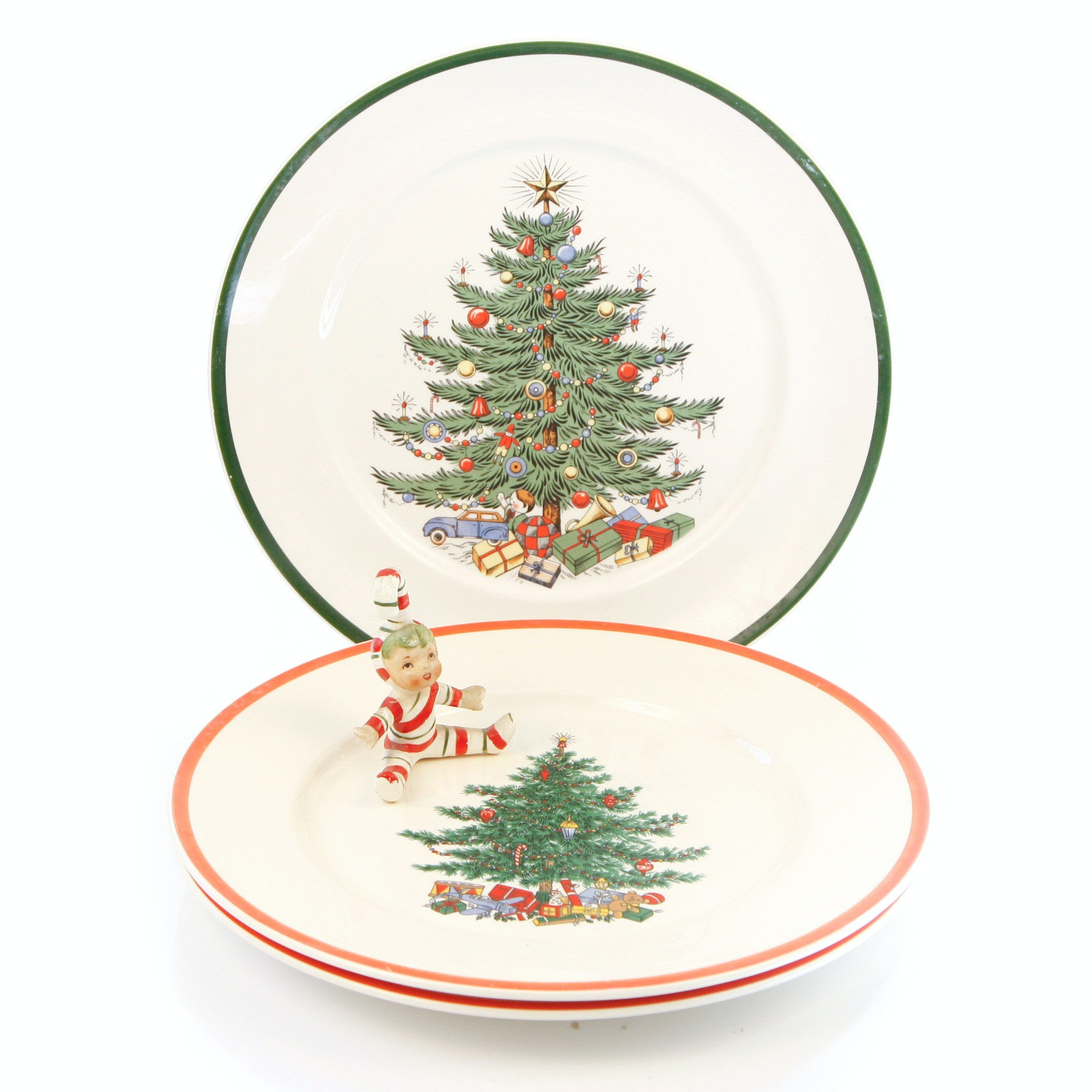 Three Holiday Christmas Plates Inc. Cuthbertson House and an Antique Ornament
