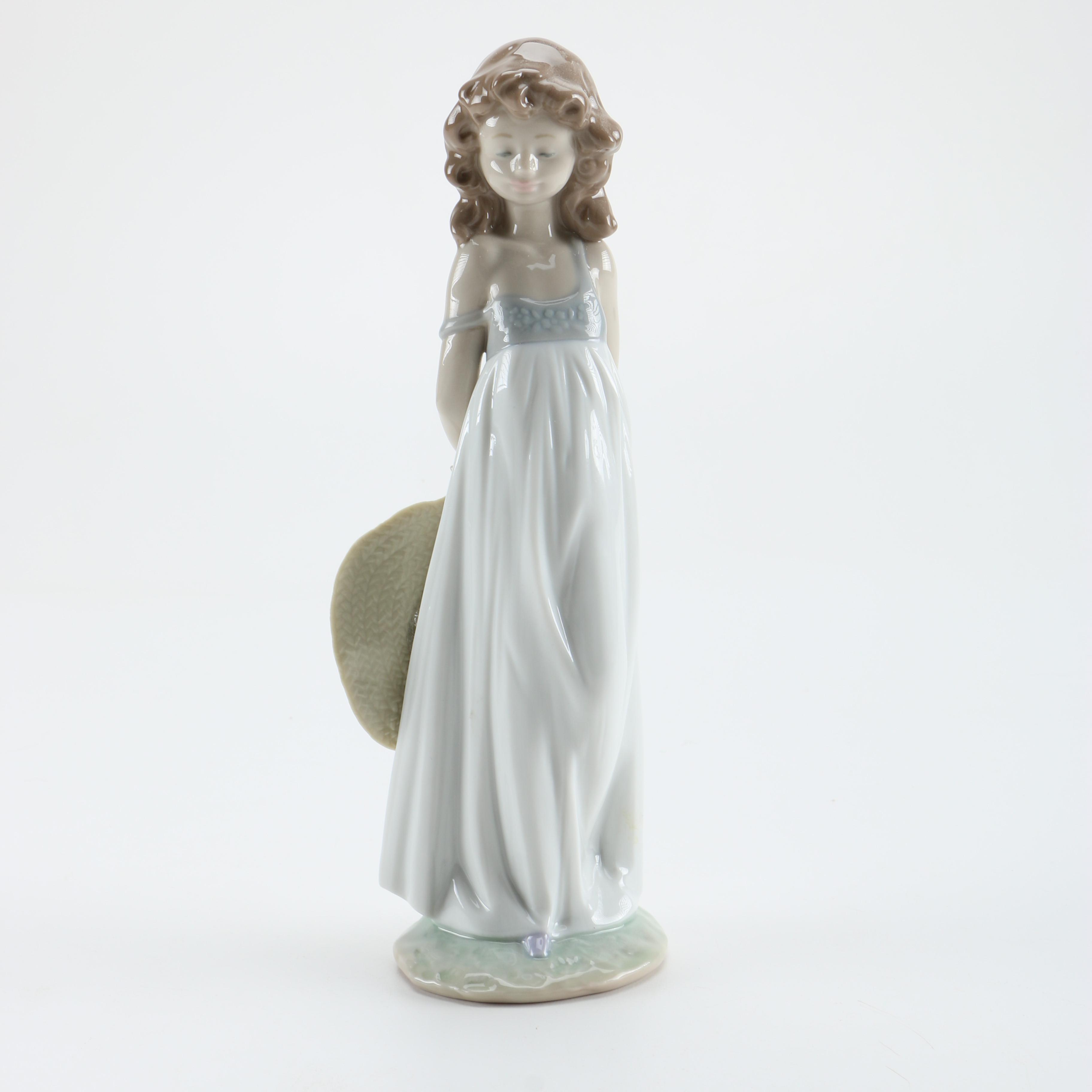 Spanish Lladró Porcelain 2005 Events Creation Figurine