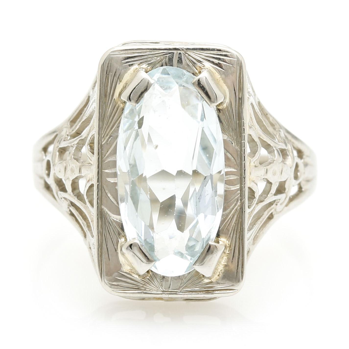 Late Edwardian 10K White Gold Filigree Ring With Aquamarine Stone