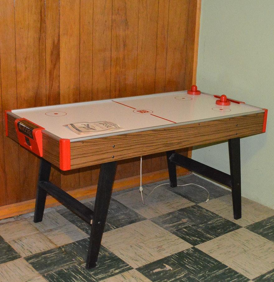 1970s brunswick challenger air hockey table ebth - Brunswick air hockey table ...