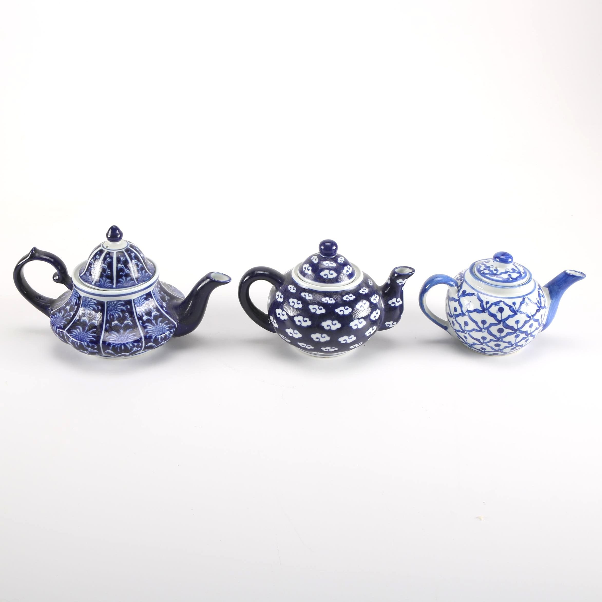 Chinese Blue and White Teapots